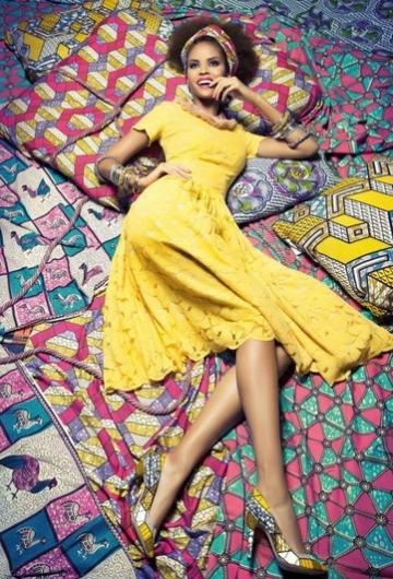 SWAZI DRESS SUN und CONGO PUMPS HONEYCOMB