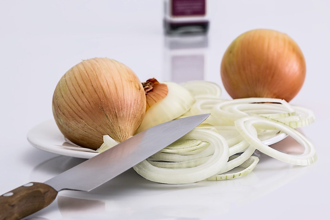 How To Use Onion Juice For Hair Growth - Zwiebelnsaft für schnelleren Haarwachstum